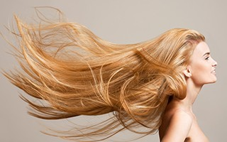 Pour stimuler la pousse des cheveux